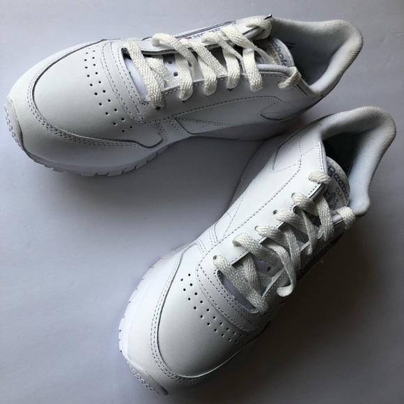 Reebok Classic Leather 835 white women shoes ec9eb35d8